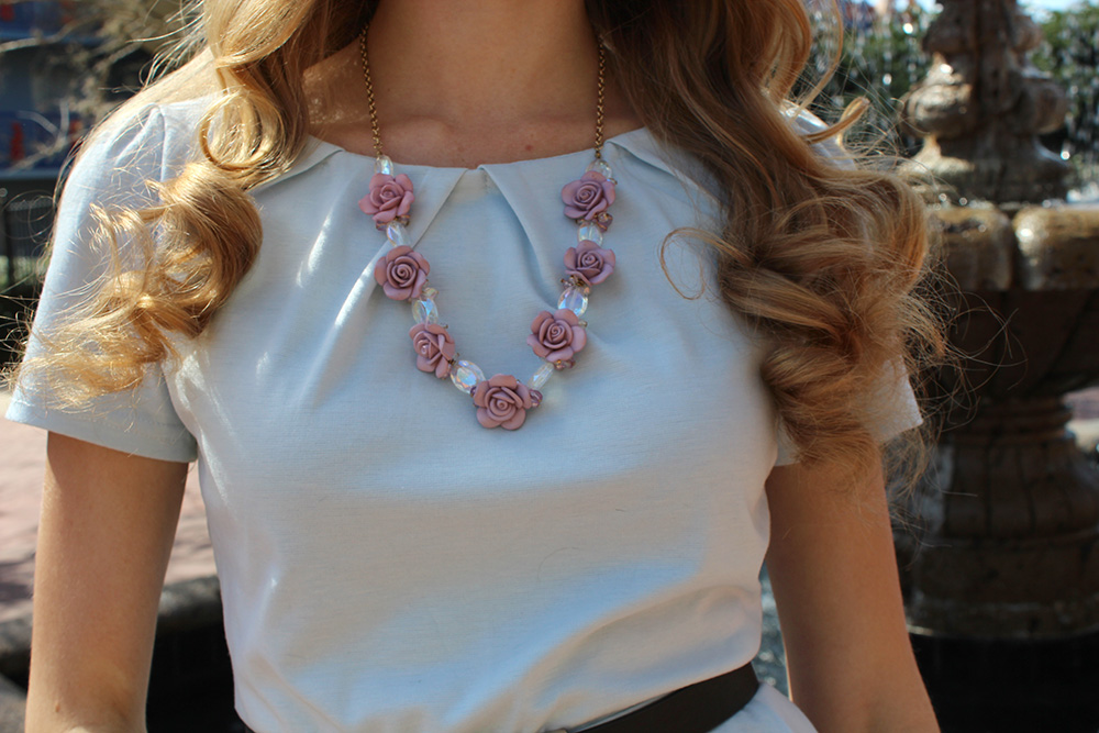 blue top purple rose statement necklace