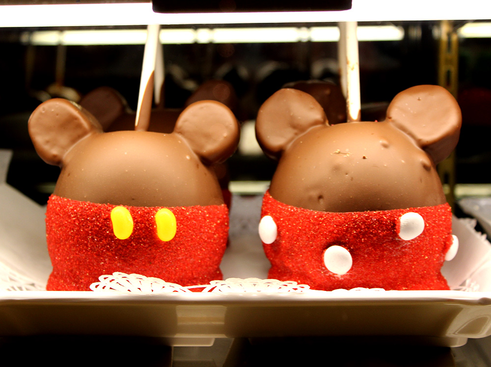 mickey minnie mouse candy apples disneyworld