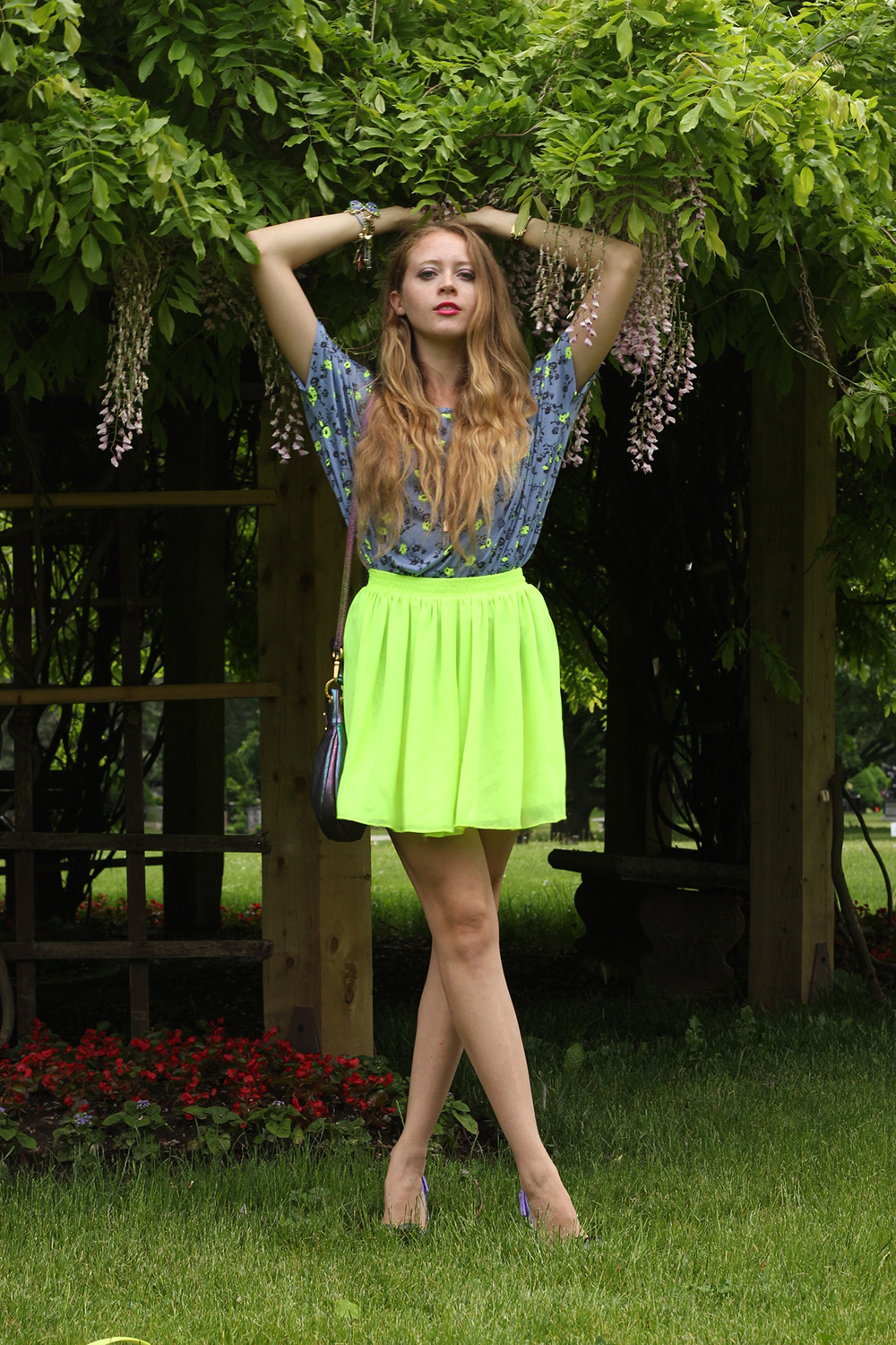 neon green american apparel skirt