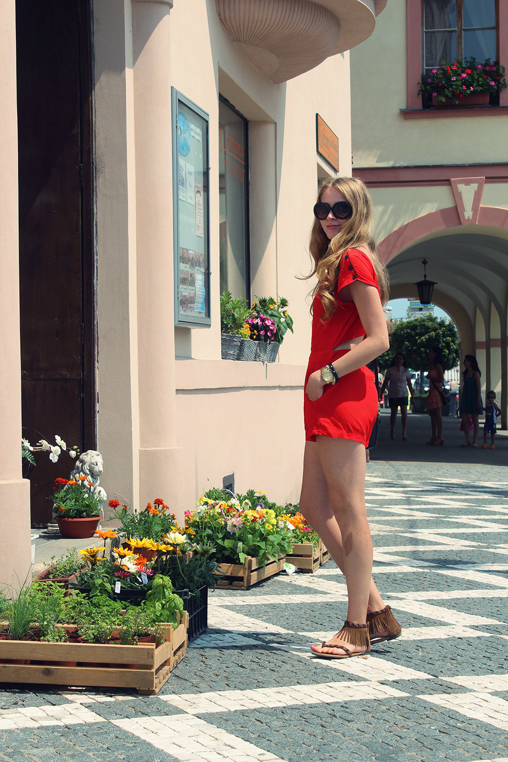 red motel rocks romper