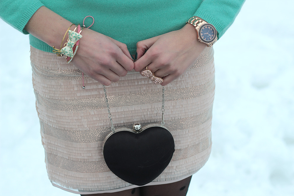 heart clutch minkpink skirt