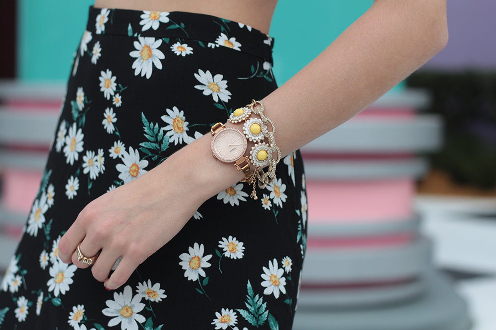 daisy print skirt fossil watch