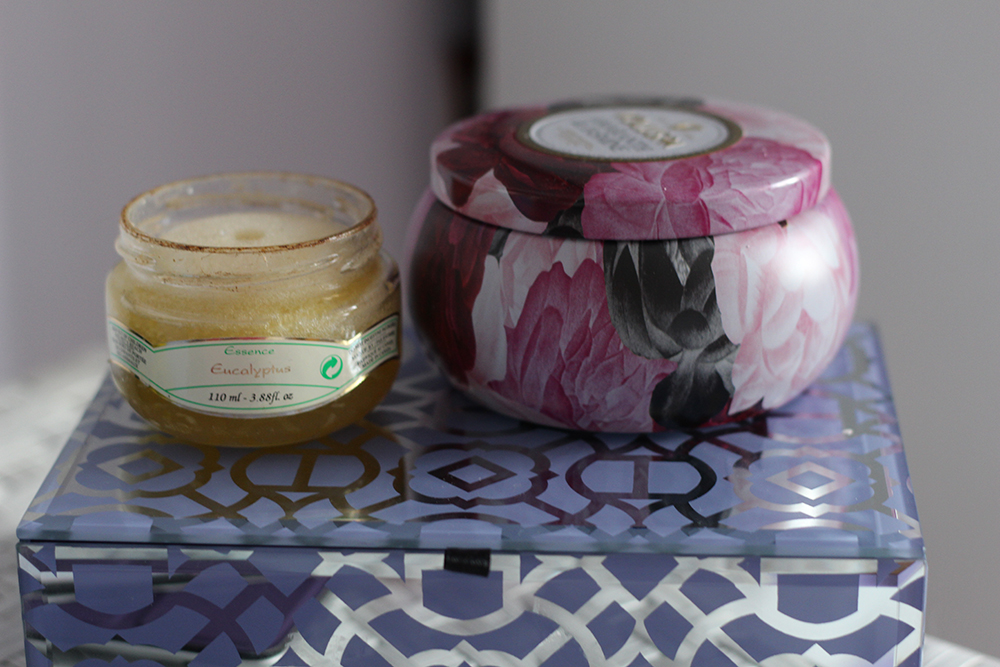 eucalyptus essence voluspa candle