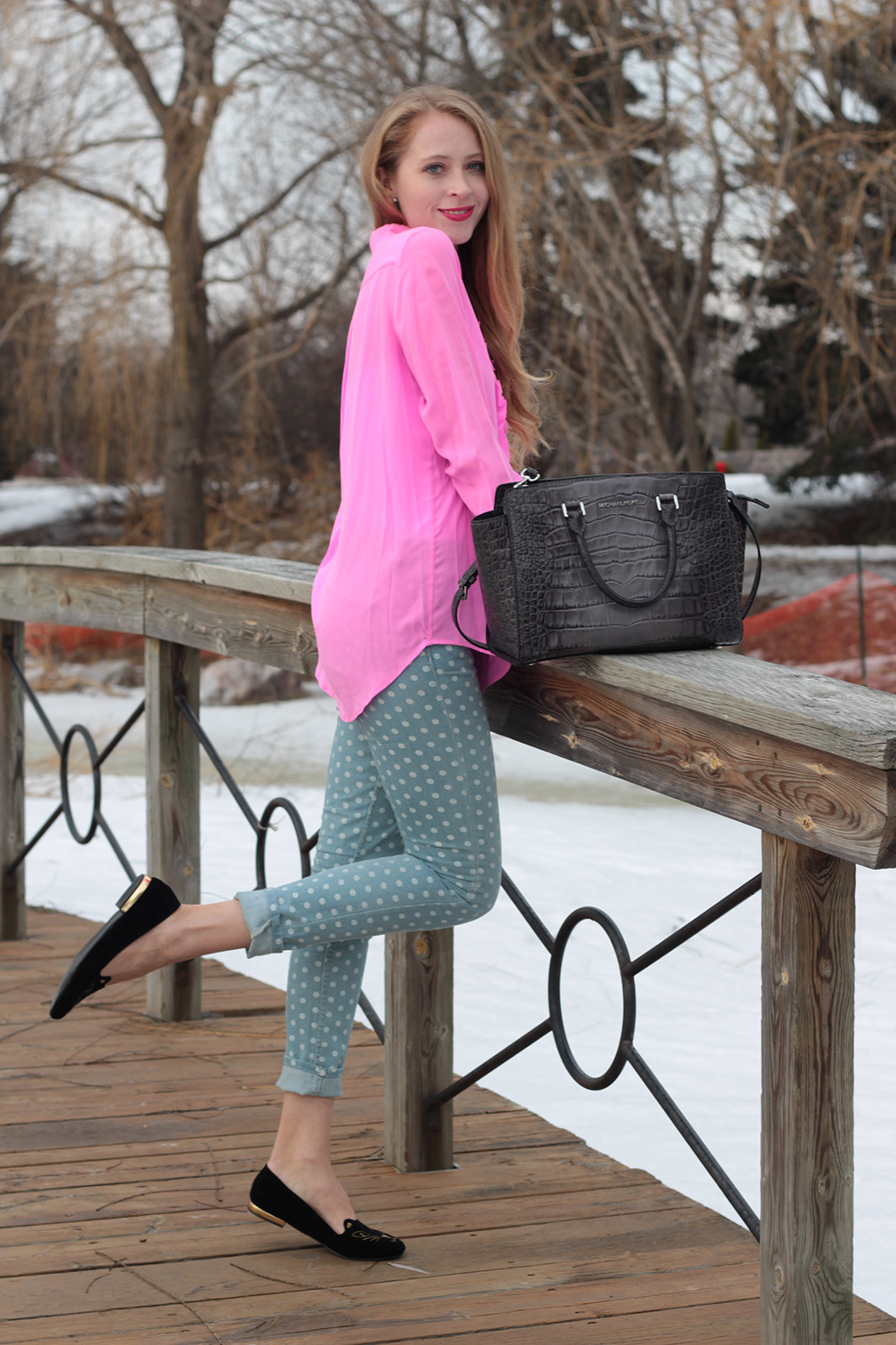 hot pink shirt polka-dot jeans