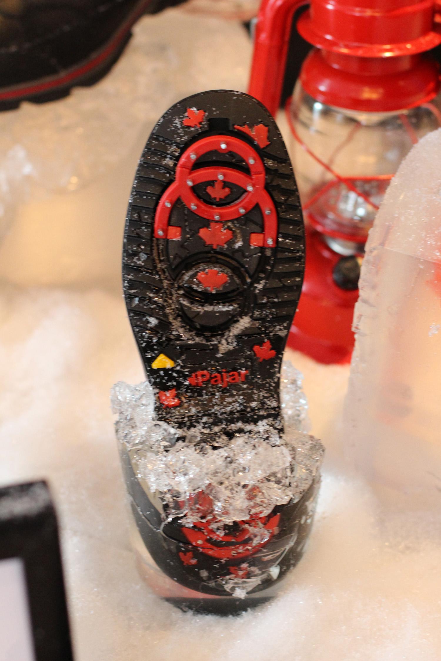 pajar winter boots built in grip