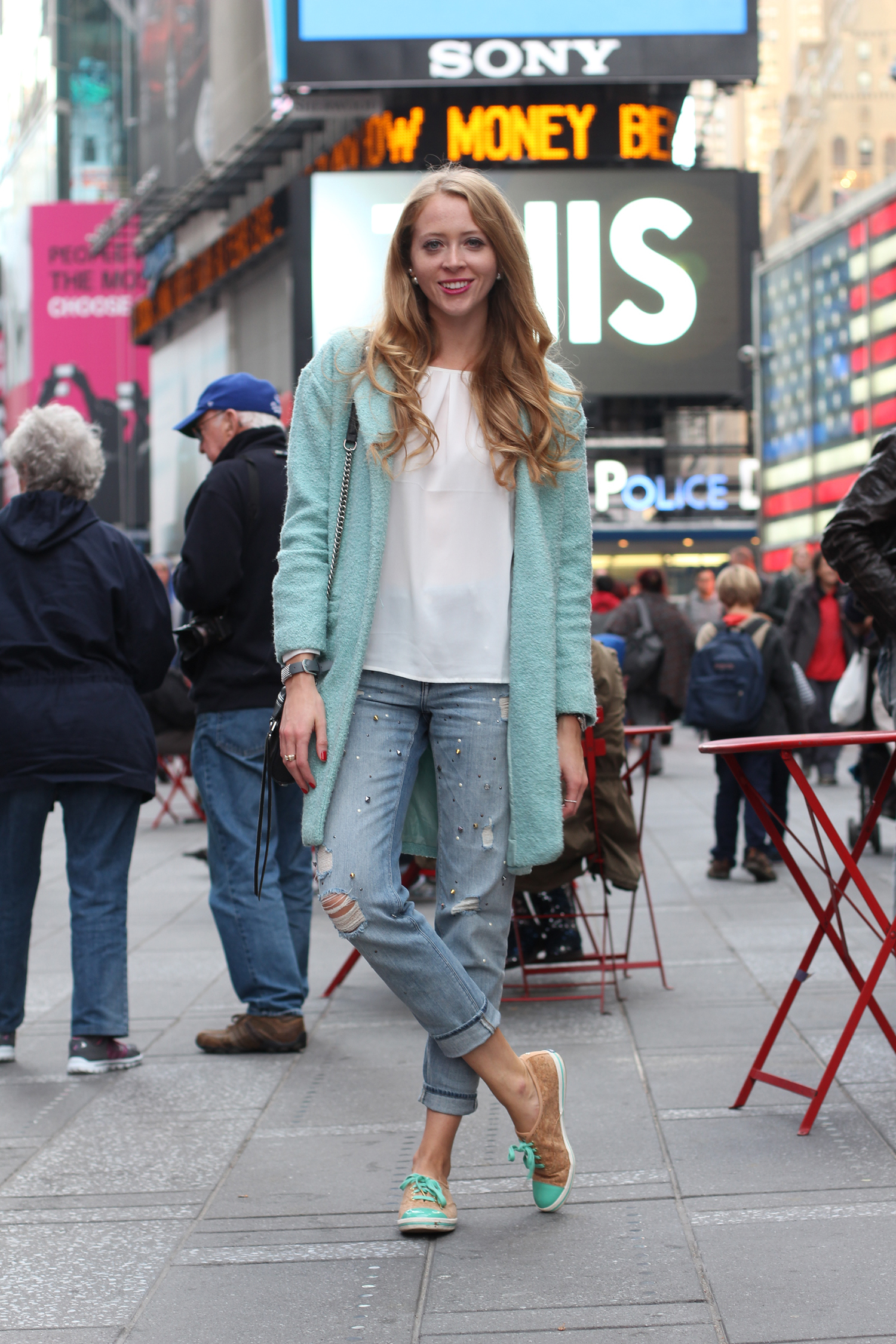 new york boyfriend jeans and keds sneakers