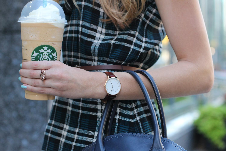 daniel wellington leather watch