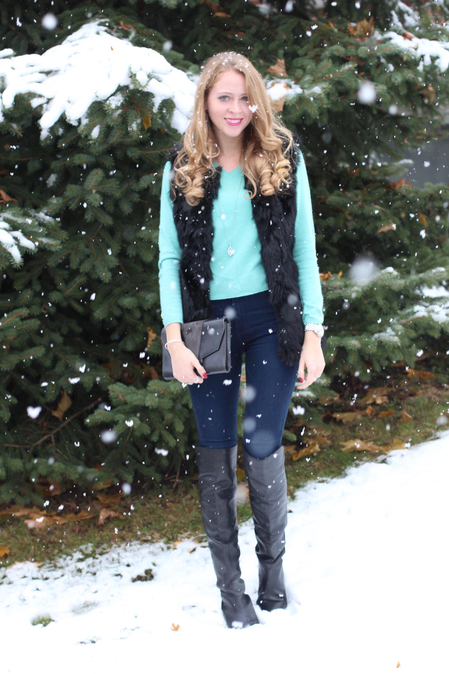 knee high boots fur vest