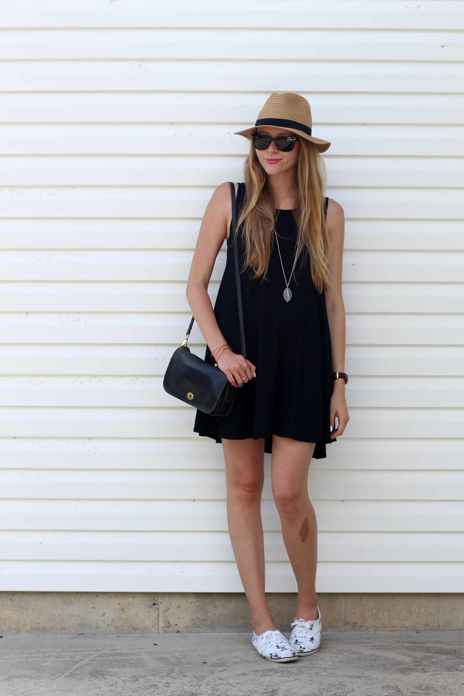 black summer dress fedora