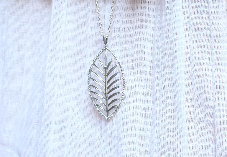 pandora tropical palm necklace