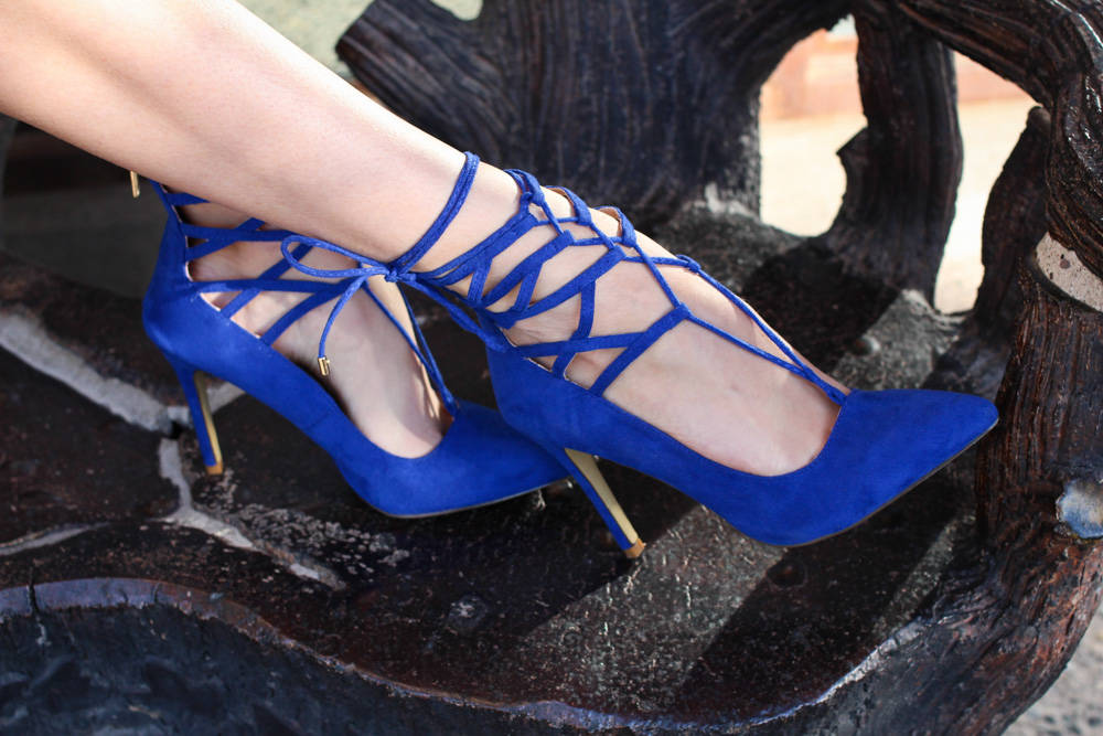 blue lace up heels (1 of 1)