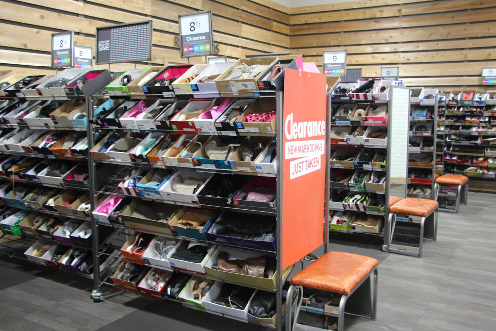 dsw canada clearance sale (2 of 9)
