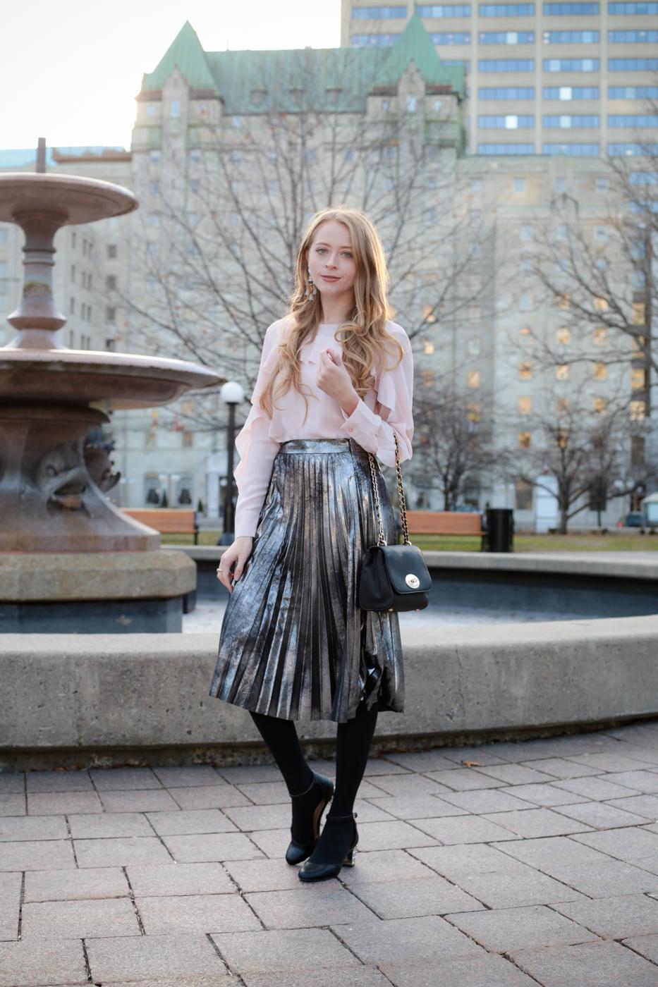 metallic-pleated-skirt-3-of-8