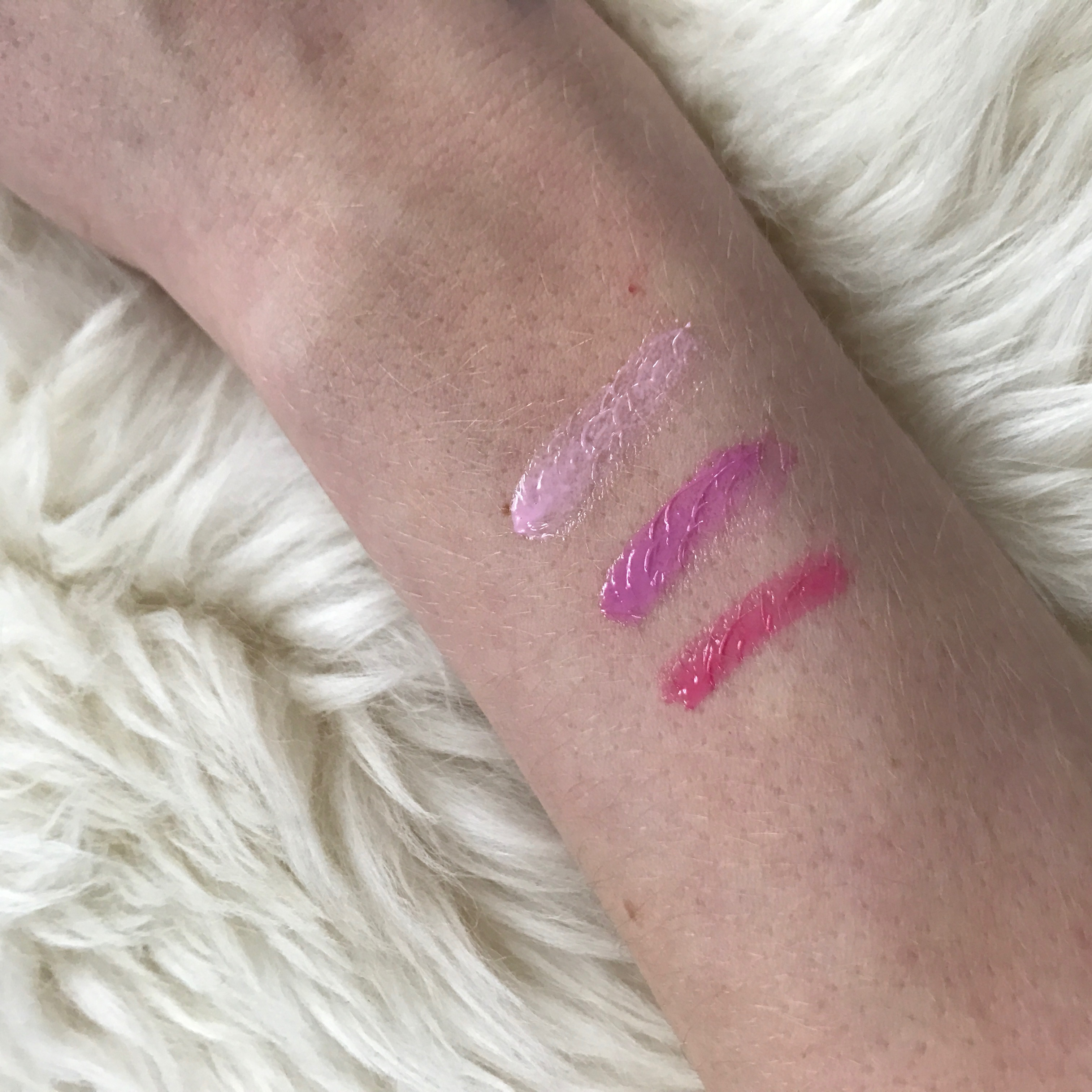 Mary Kay Glossy Lip Oil Swatches