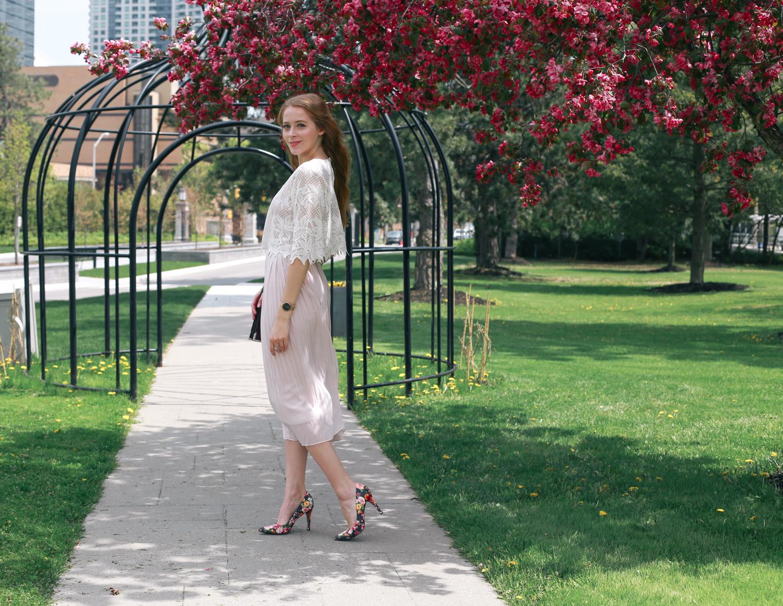 uniqlo pleated skirt (2 of 8)