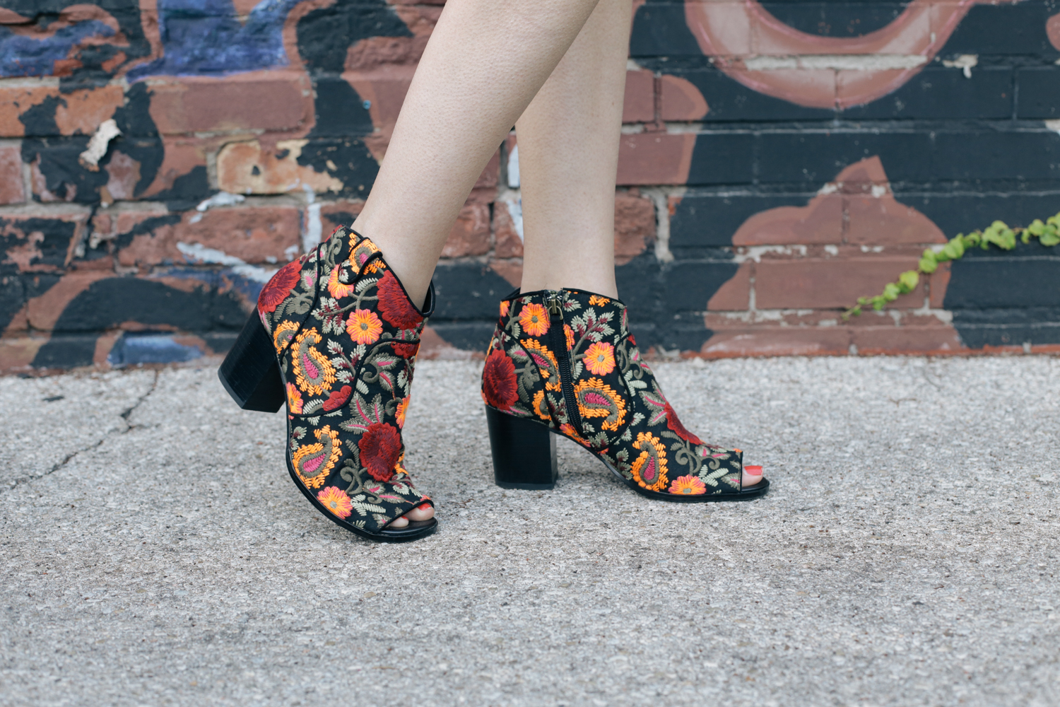 embroidered booties (6 of 9)