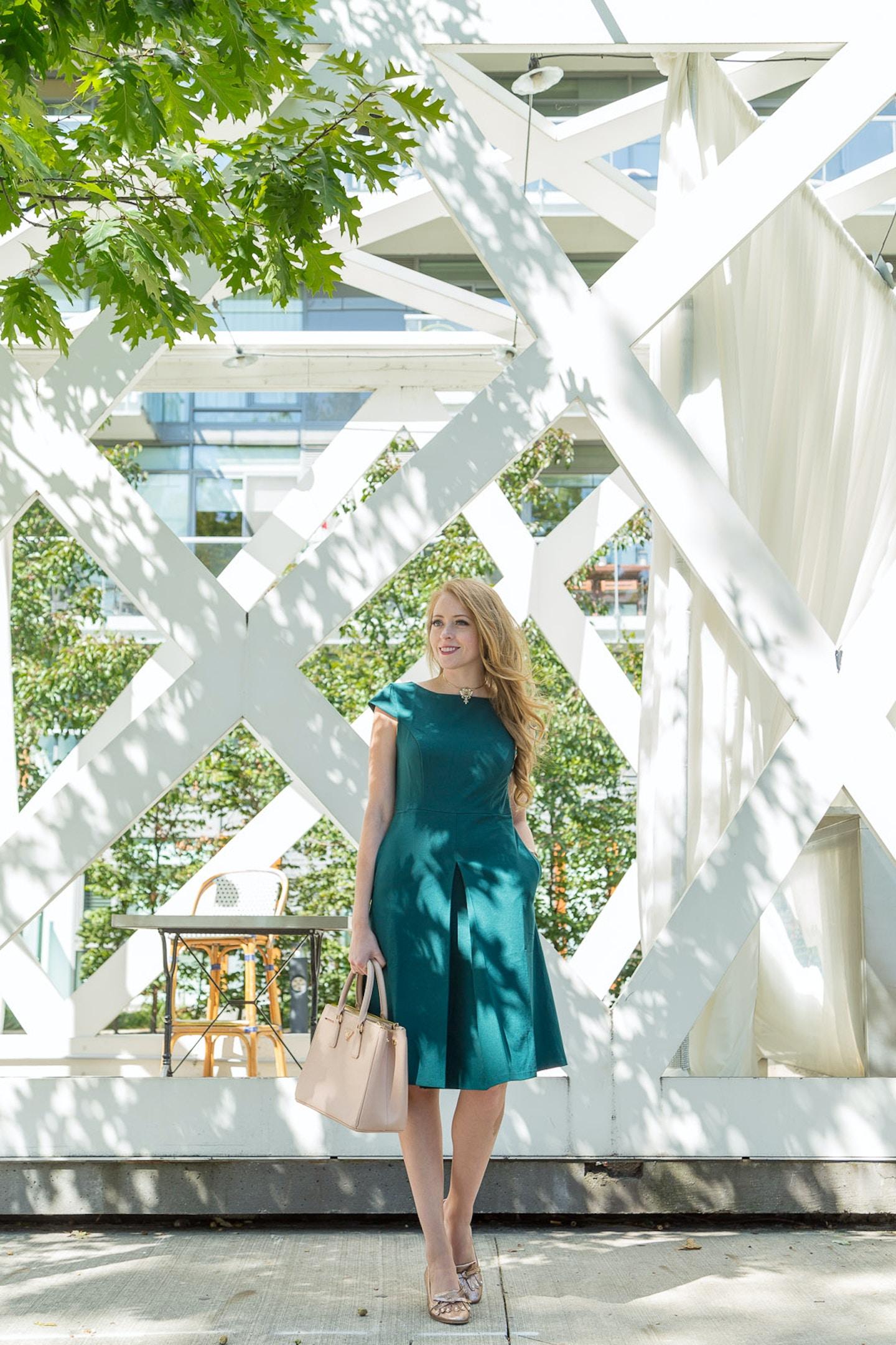 Lark & Ro green capsleeve dress