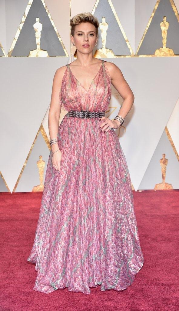 Scarlett-Johansson alaia oscars