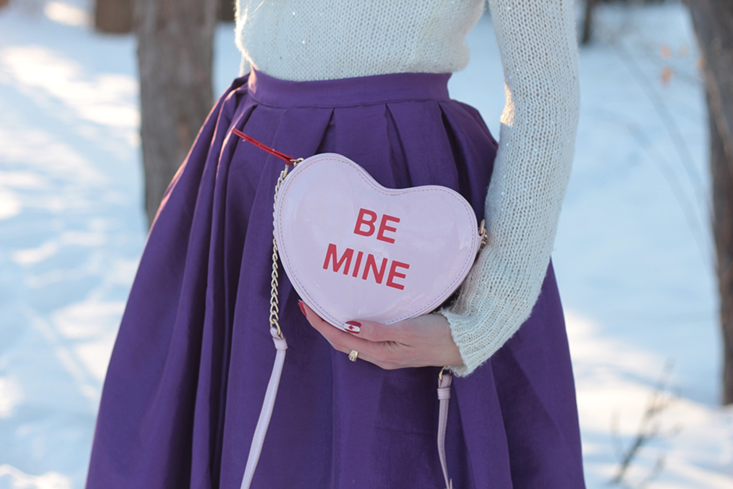 Conversation Heart Clutch: Valentine's Day Outfit