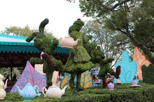 alice in wonderland ride