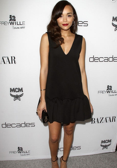 ashley-madekwe-dukes-of-melrose-launch-party-west-hollywood-three-floor-neoprene-flare-dress-jimmy-choo-clutch-saint-laurent-sandals