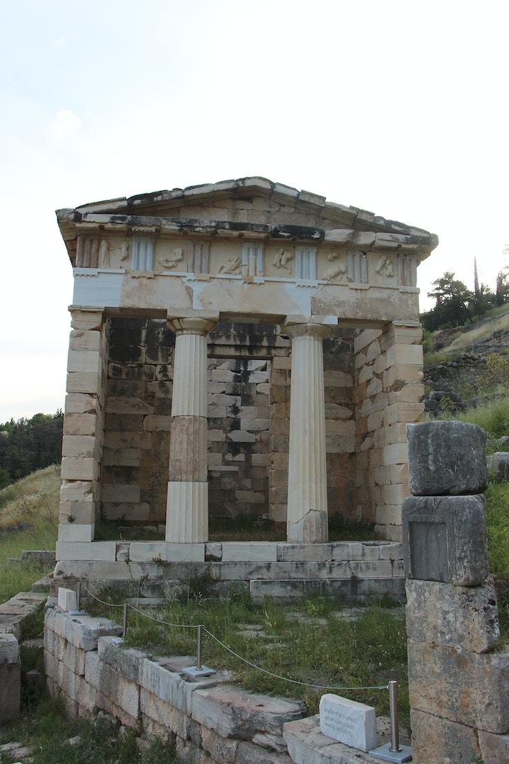 athenian treasury delphi