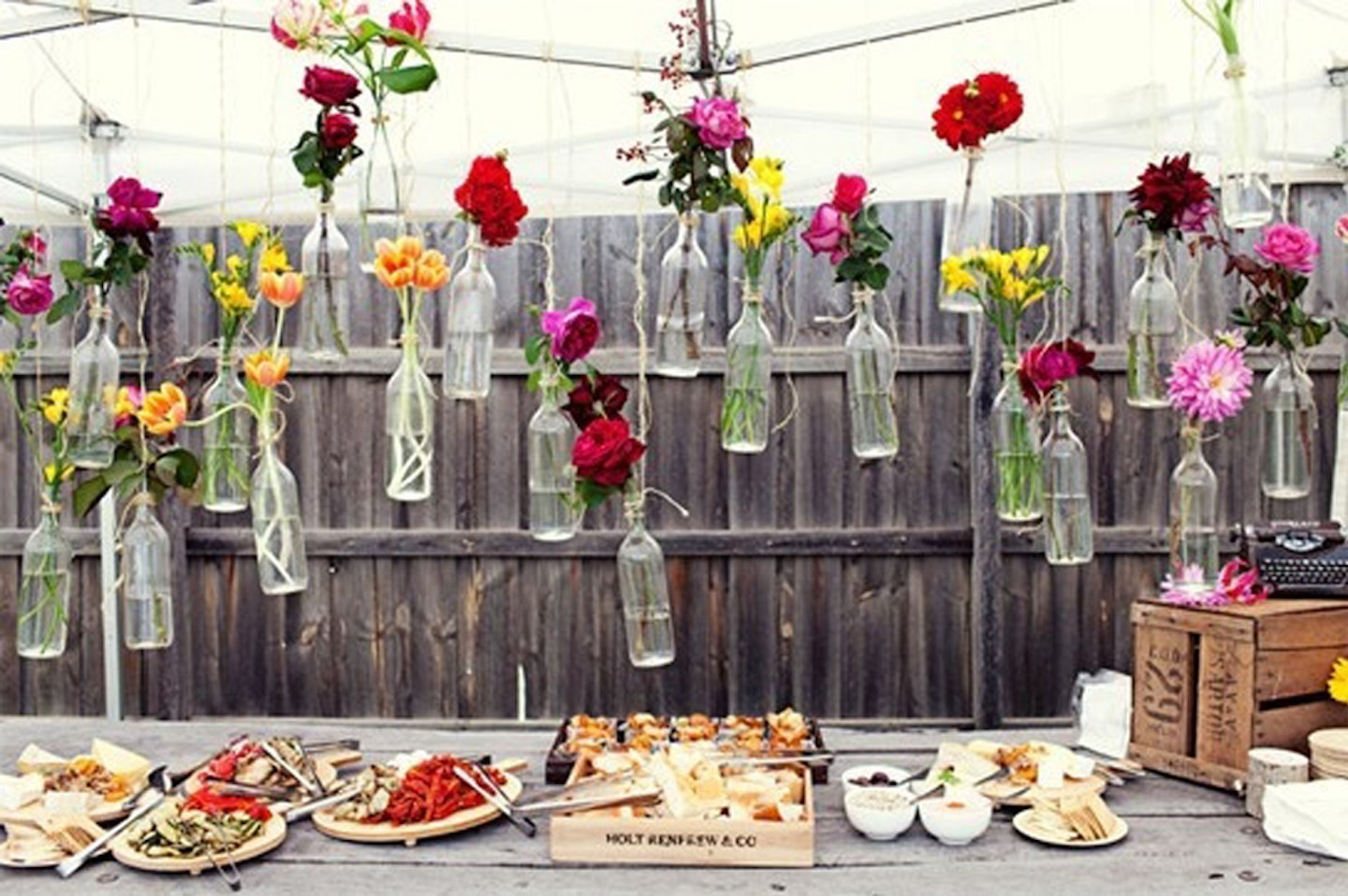How to throw a chic (and cheap) backyard party