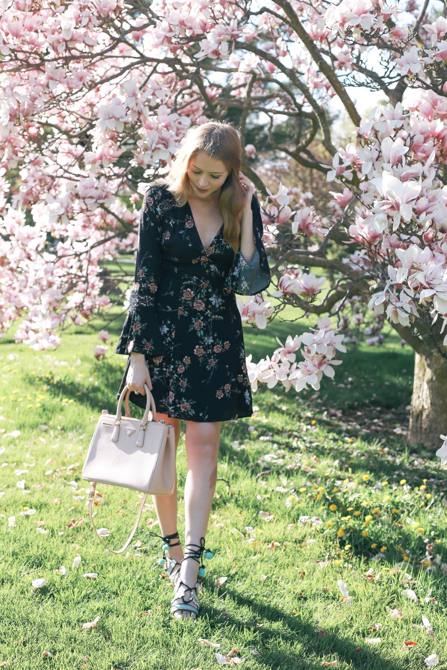 how to wear a bell sleeve dress
