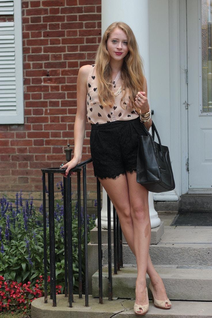 black lace shorts, heart shirt, heart print, blouse, spanish lace