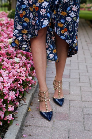 blue-floral-wrap-dress-6-of-8