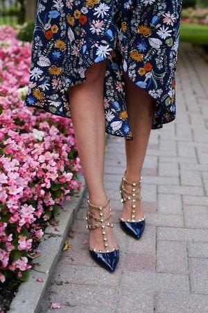 blue-floral-wrap-dress-6-of-8