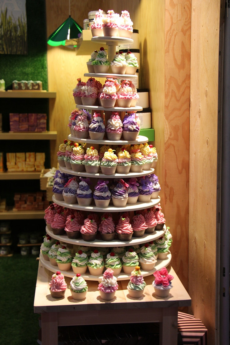 botania bath cupcakes