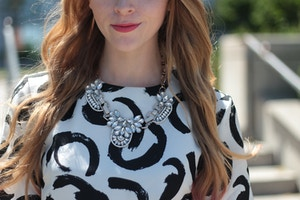 clear statment necklace coral lips