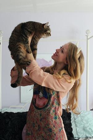 crazy cat lady 2
