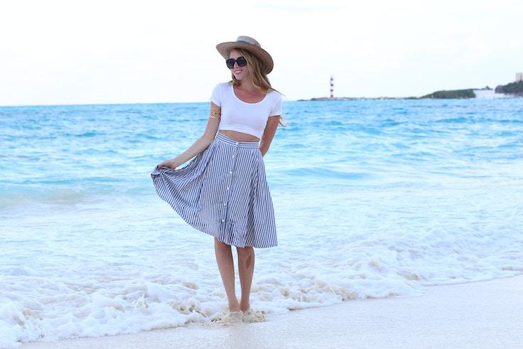 crop top zara blue and white striped skirt