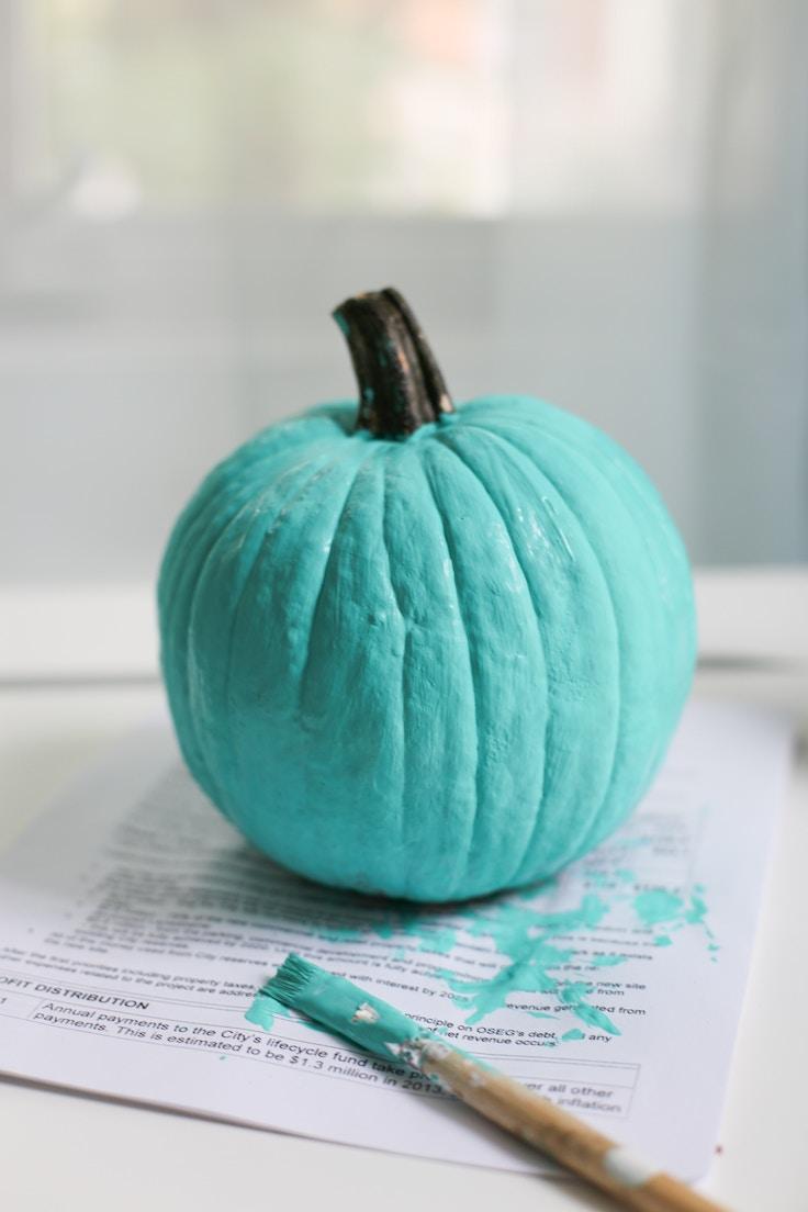 diy-floral-painted-pumpkin-1-of-6