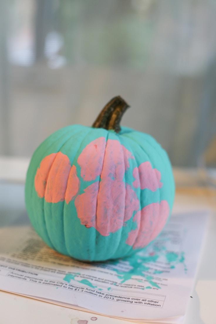 diy-floral-painted-pumpkin-2-of-6