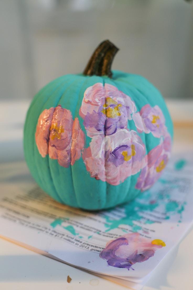 diy-floral-painted-pumpkin-5-of-6