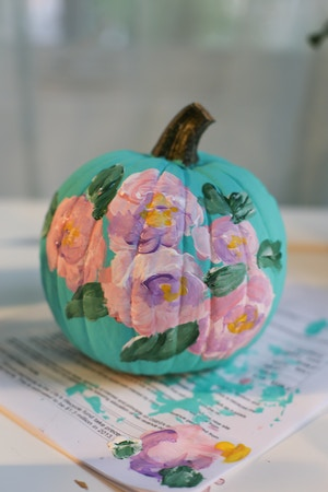 diy-floral-painted-pumpkin-6-of-6