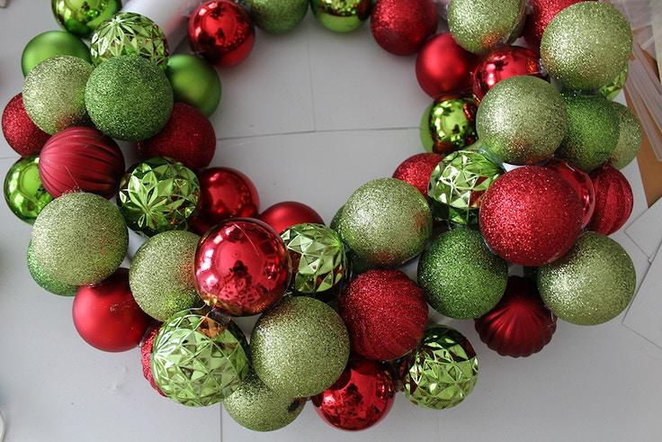 diy wreath ornaments