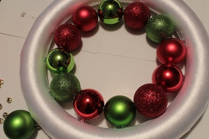 diy wreath step 2