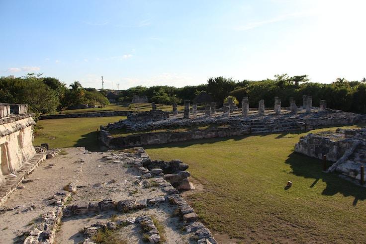 el rey ruins cancun view