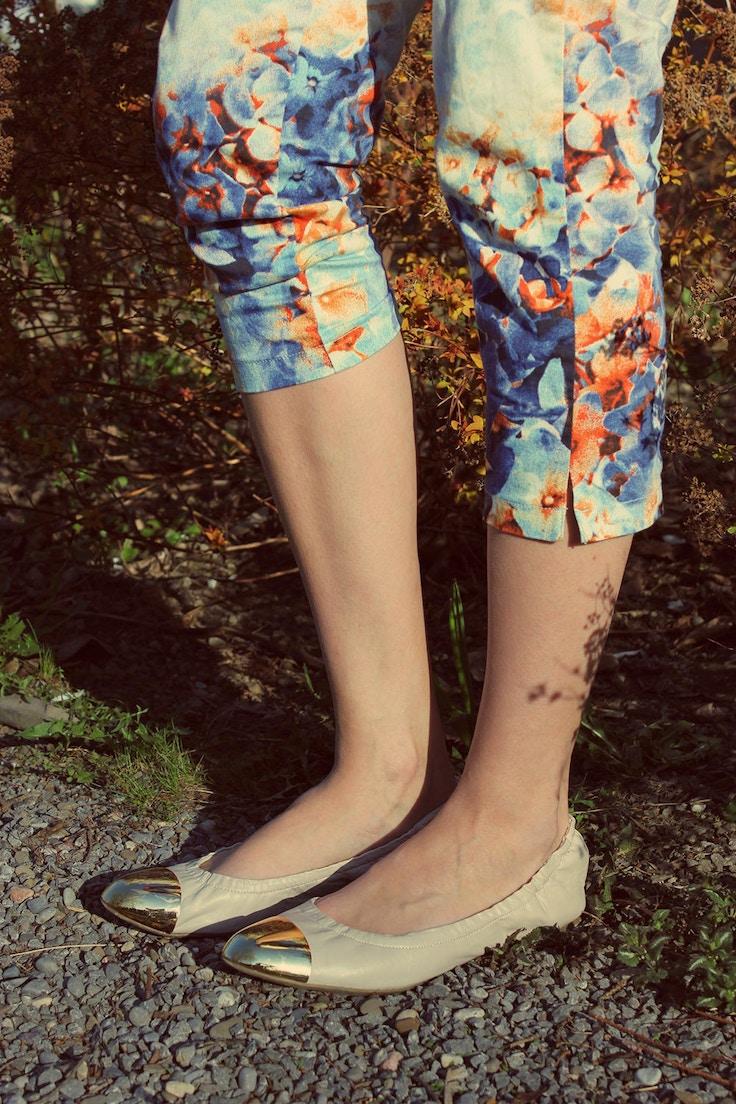 flower pants toe cap shoes