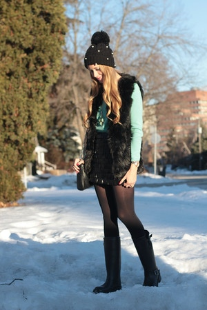 fur vest mint sweater
