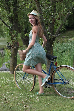 green outfit with vintage bicycle