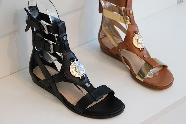 guess  summer 2014 gladiator leather sandal