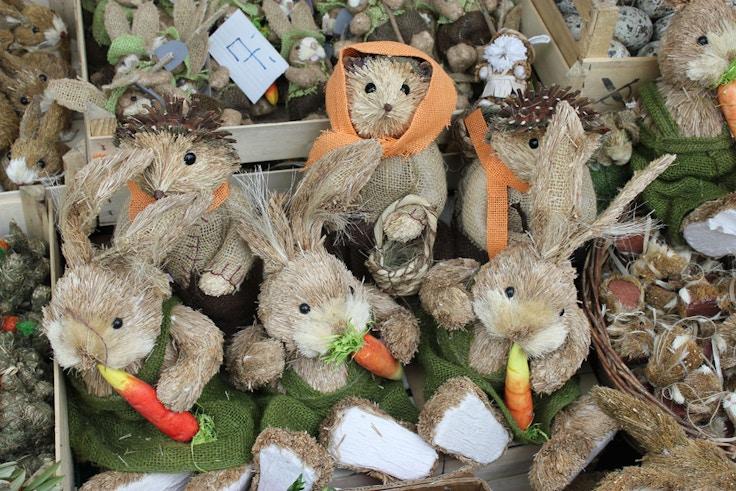 handmade straw easter bunnies