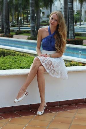 henkaa dress and skirt