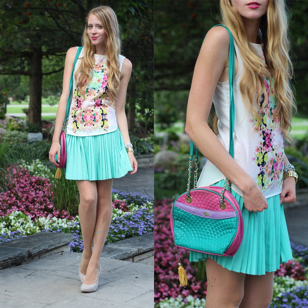 How to wear a mint pleated skirt