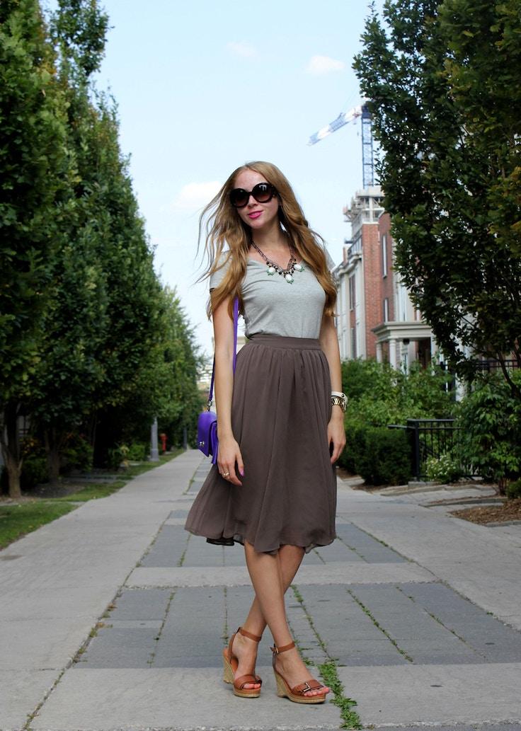 khaki flouncy skirt and tee